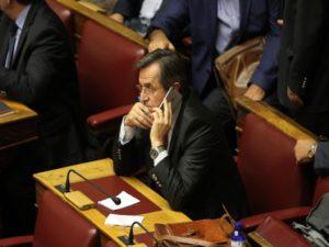 """Νικολόπουλος για Μαρτίνη: Θεωρεί ότι μπορεί να μας δουλεύει """"ψιλό γαζί"""""""