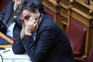 """Τα """"άκουσε"""" ο Τσακαλώτος από βουλευτές του ΣΥΡΙΖΑ για τα νέα μέτρα"""