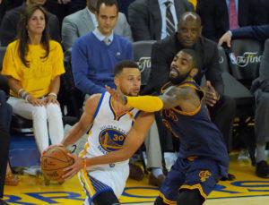 "NBA: Σαρωτικοί Γουόριορς! ""Πάτησαν"" τους Καβαλίερς [vid]"