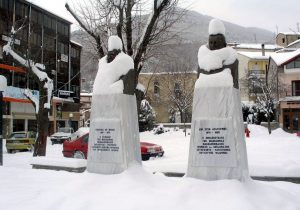 Καιρός: Βουλιάζουν στα χιόνια Φλώρινα και Γρεβενά – Περιμένουν νέο κύμα κακοκαιρίας!