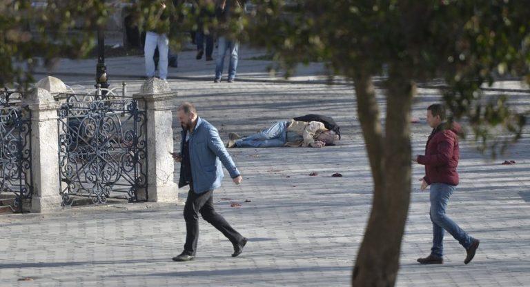 Κωνσταντινούπολη Live: Τζιχαντιστής ο καμικάζι! – 9 στους 10 νεκρούς είναι Γερμανοί!