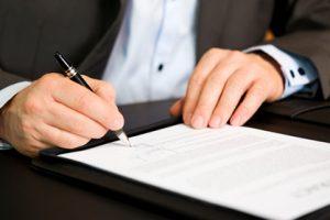 Αντιδρούν οι δικηγόροι στην έκδοση συναινετικών διαζυγίων από τους συμβολαιογράφους