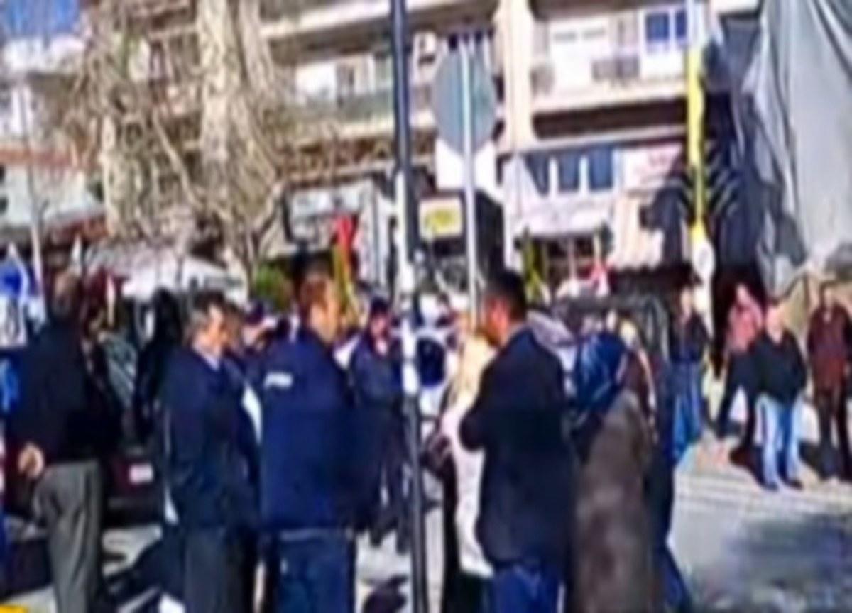 Ξάνθη: Ξεσηκωμός μουσουλμάνων για τον ιμάμη – Συγκέντρωση συμπαράστασης στα δικαστήρια [vid]