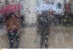 Βόλος: Πλημμύρες και ματαίωση των καρναβαλικών εκδηλώσεων – Σφοδρή καταιγίδα δύο ωρών!