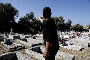 Έβρος: Άνοιξαν τον οικογενειακό τάφο και έπαθαν σοκ – Άθικτη η σορός γυναίκας που πέθανε πριν από 16 χρόνια!