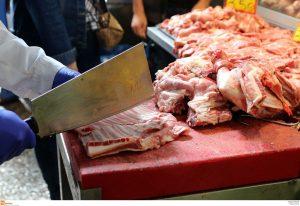 """Θεσσαλονίκη: Αυξήσεις τιμών προβλέπουν οι κτηνοτρόφοι – """"Το Πάσχα θα κλάψουμε όλοι""""!"""