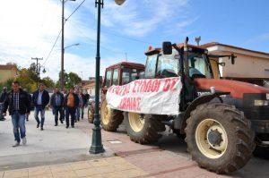 """Μακεδονία: Ξεκινούν οι αγροτικές κινητοποιήσεις – """"Θα πάμε στην Ειδομένη να κατασκηνώσουμε""""!"""