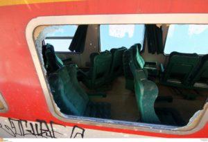 """Εκτροχιασμός τρένου – Συγκλονιστική μαρτυρία επιβάτη: """"Τα καθίσματα έπεφταν πάνω μας"""""""