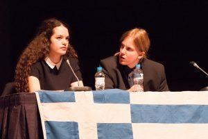"""Έλληνες φοιτητές """"σάρωσαν"""" σε Παγκόσμιο Διαγωνισμό Debate – ΦΩΤΟ"""