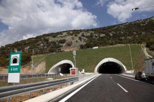 Αθήνα – Θεσσαλονίκη σε 4 ώρες και 15 λεπτά: Αύξηση 30% στις διελεύσεις αυτοκινήτων!