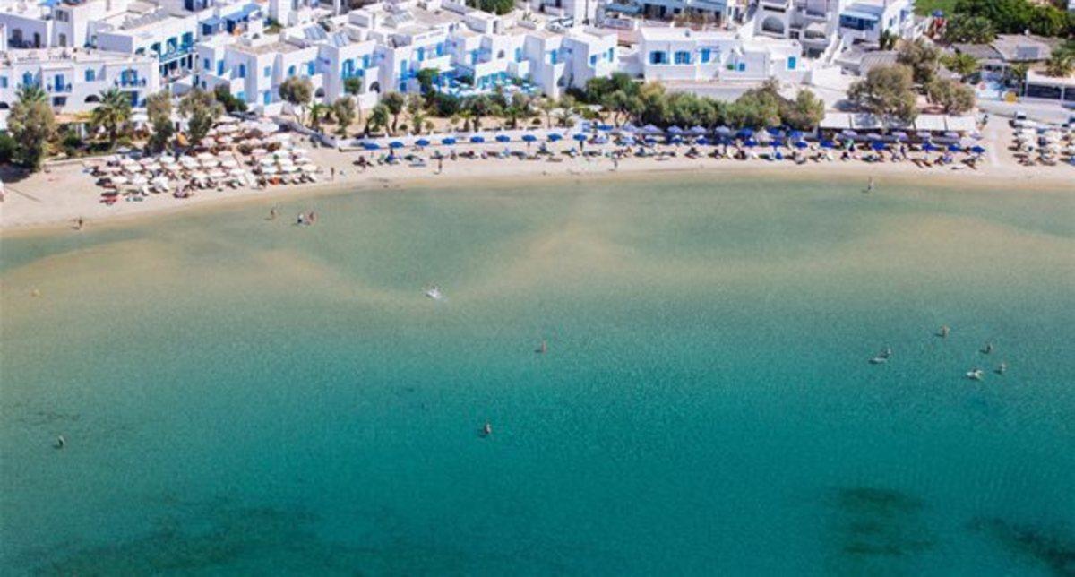 Κυκλάδες: Αυτή είναι η καλύτερη παραλία της χώρας για οικογενειακές διακοπές – Το αφιέρωμα του Guardian (Φωτό)!