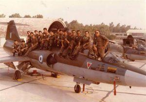 Στην Καλαμάτα ο Α/ΓΕΕΘΑ για πτήση με T-6 της Πολεμικής Αεροπορίας! [pics]