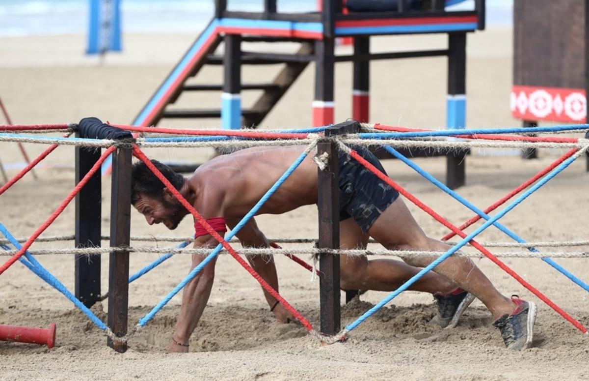 Survivor – Αγγελόπουλος: Τα γελάκια με Κολιδά – Εσκενάζυ νευρίασαν τη Βαλαβάνη [vid]