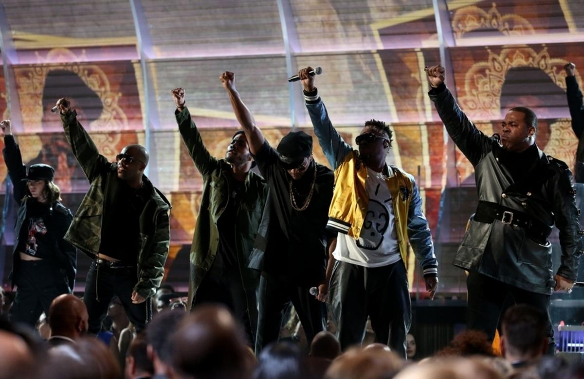 """Grammy: Φώναξαν """"αντισταθείτε"""" στον Ντόναλντ Τραμπ"""