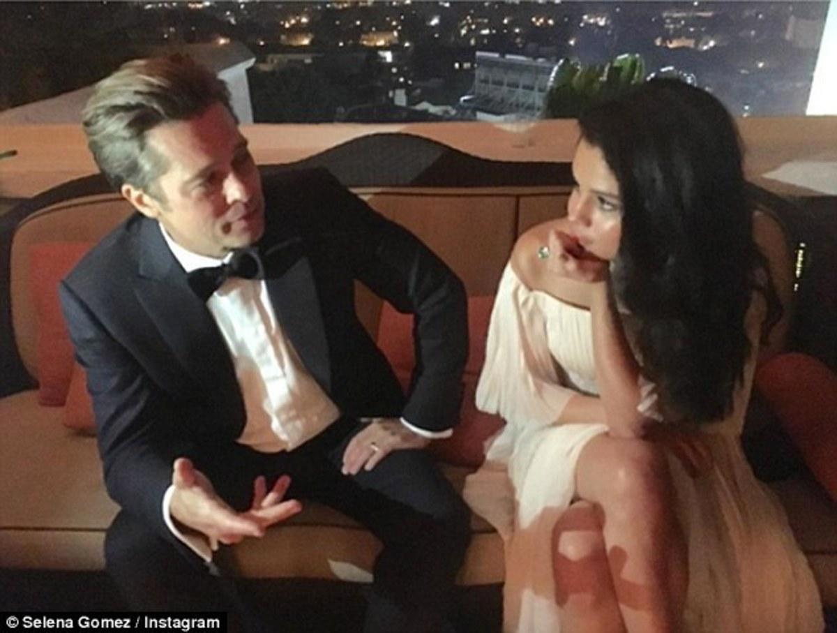 """Τζολί – Πιτ: Η φωτογραφία με τη Σελίνα Γκόμεζ που εξόργισε την Αντζελίνα – """"Φλέρταραν ξεδιάντροπα"""""""
