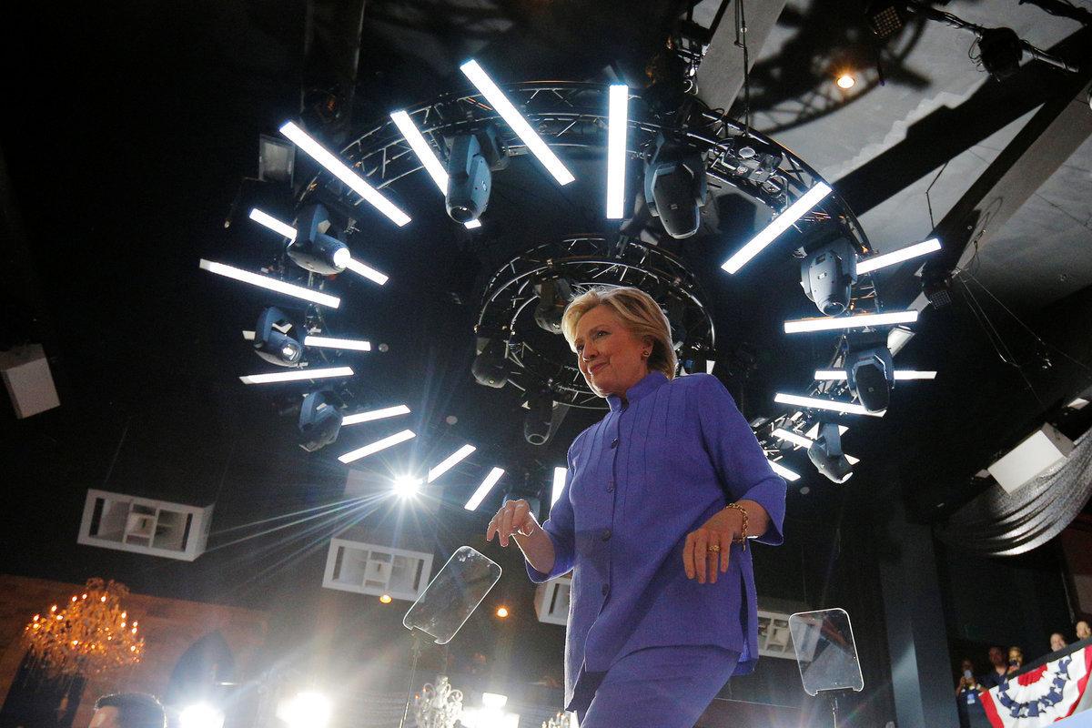 Χαμός πριν τις εκλογές! Το FBI θα ψάξει τα email της Χίλαρι Κλίντον