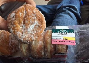 "Viral ο ""ροζ"" διάλογος για ένα ντόνατ στο Twitter!"