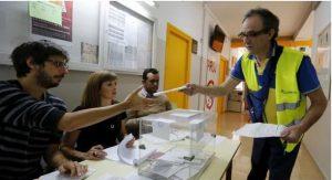 Εκλογές 2015: Τρία κόμματα διεκδικούν την  πρωτιά – Οι δημοσκοπήσεις δείχνουν τέταρτο το αδελφό κόμμα του ΣΥΡΙΖΑ, τους Podemos