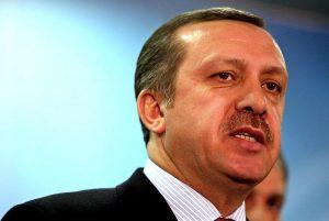 Δεν σταματά πουθενά ο Ερντογάν! Το πογκρόμ έφθασε στο εσωτερικό του AKP