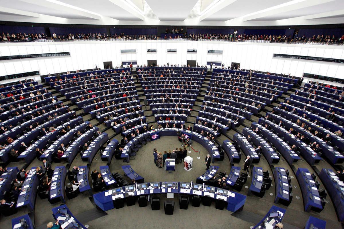 """Συμφωνία Ευρωβουλής και Ευρωπαϊκού Συμβουλίου για τα """"κόκκινα δάνεια"""""""