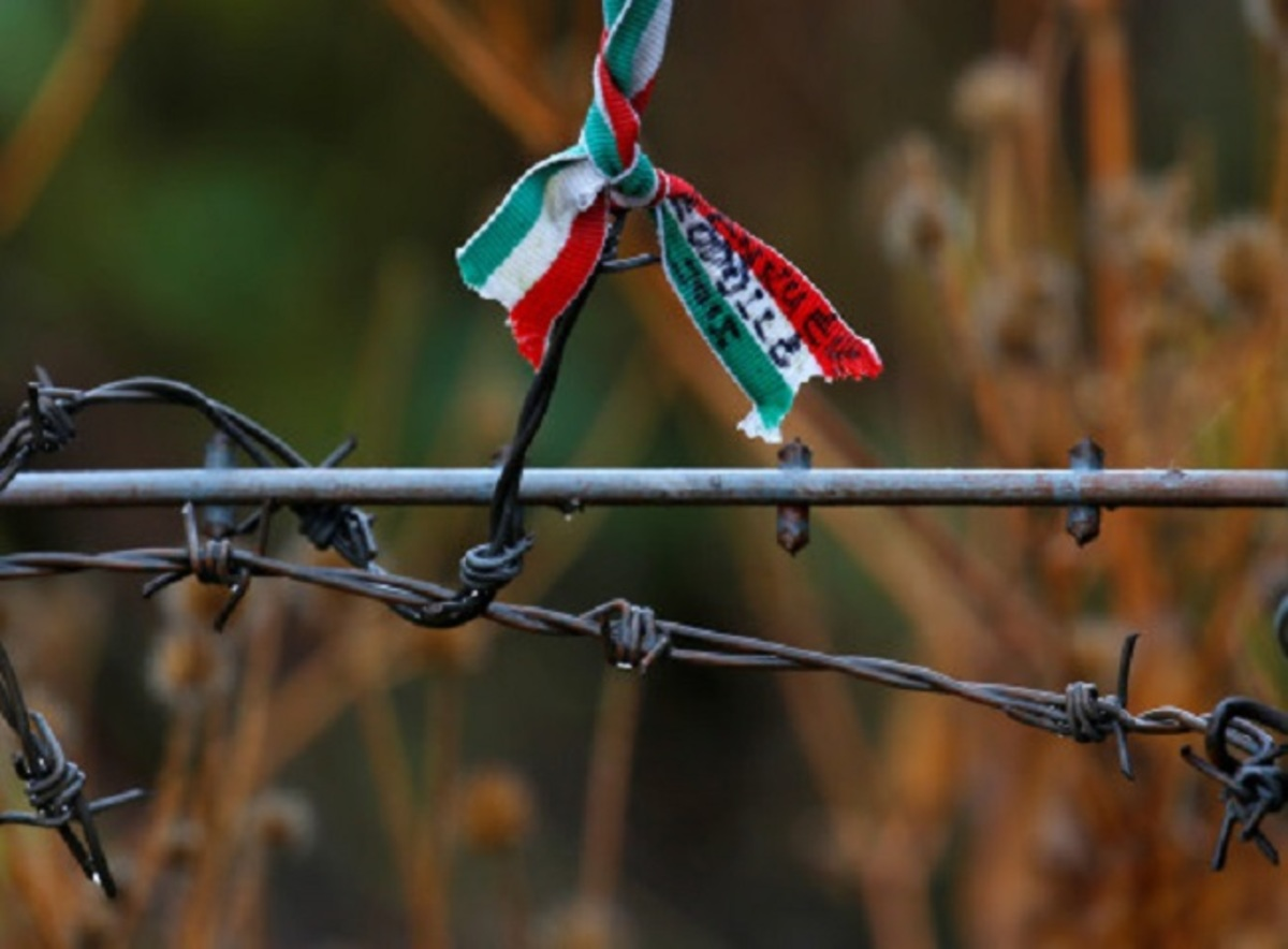 Ουγγαρία: Βαρύ κατηγορητήριο για 11 διακινητές – Άφησαν 71 πρόσφυγες να πεθάνουν από ασφυξία