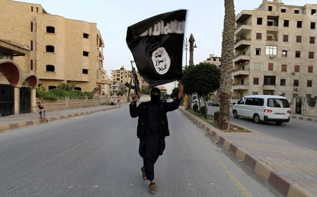"""""""Σβήνουν"""" τον πολιτισμό στο πέρασμά τους οι τζιχαντιστές – Ανατίναξαν ασσυριακή εκκλησία στο Ιράκ"""