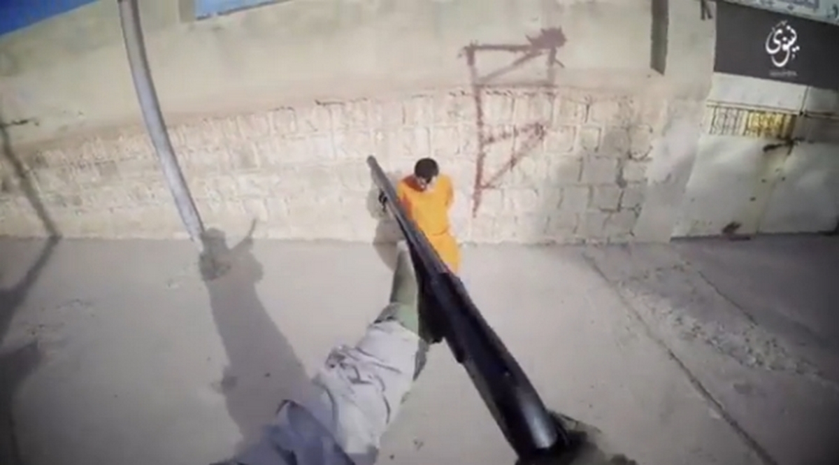 Αποκρουστικό βίντεο τζιχαντιστών! Μαρκάρουν με σπρέι αιχμαλώτους και τους εκτελούν