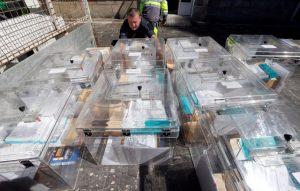 Γαλλία – Έκλογές: Άνοιξαν οι κάλπες! Τι δείχνουν οι δημοσκοπήσεις