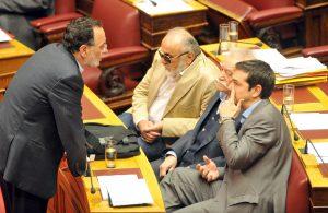 """Τσίπρας: """"Ο Λαφαζάνης μας έλεγε να δεχτούμε το σχέδιο Σόιμπλε για Grexit""""! Άμεση διάψευση και… το ρήγμα βαθαίνει"""