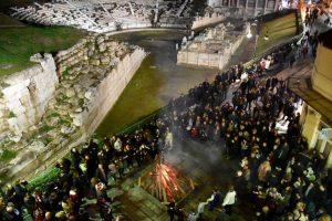 Απόκριες 2017: Υπαίθριο γλέντι με φόντο το αρχαίο θέατρο στη Λάρισα [pics]