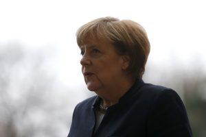 Βερολίνο – Μέρκελ: Σφύζει από περηφάνεια για τη στάση των Γερμανών