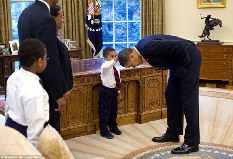 Oμπάμα: Γιατί θα μείνει στις καρδιές μας! Τα άγνωστα καρέ [pics]
