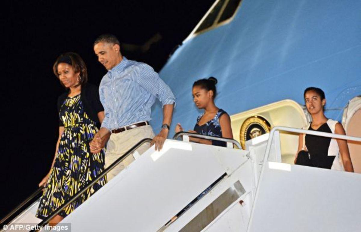 Ο Ομπάμα λέει καλησπέρα… σε όλες τις γλώσσες [vid]