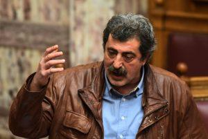 Πολάκης: Τα ΜΜΕ της διαπλοκής τραβάνε μισή ώρα την κατσαρίδα στα νοσοκομεία!