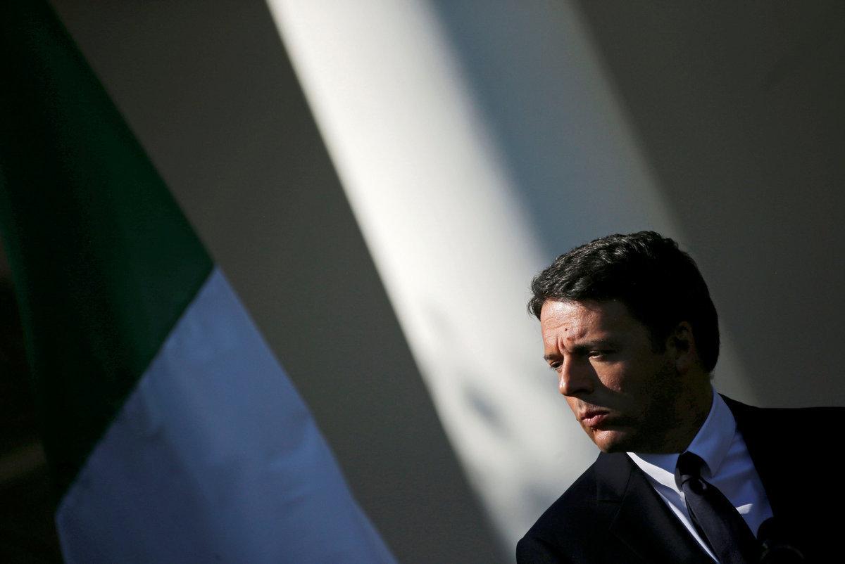 """Ιταλία: Προβάδισμα του """"όχι"""" στο δημοψήφισμα δείχνουν οι δημοσκοπήσεις"""
