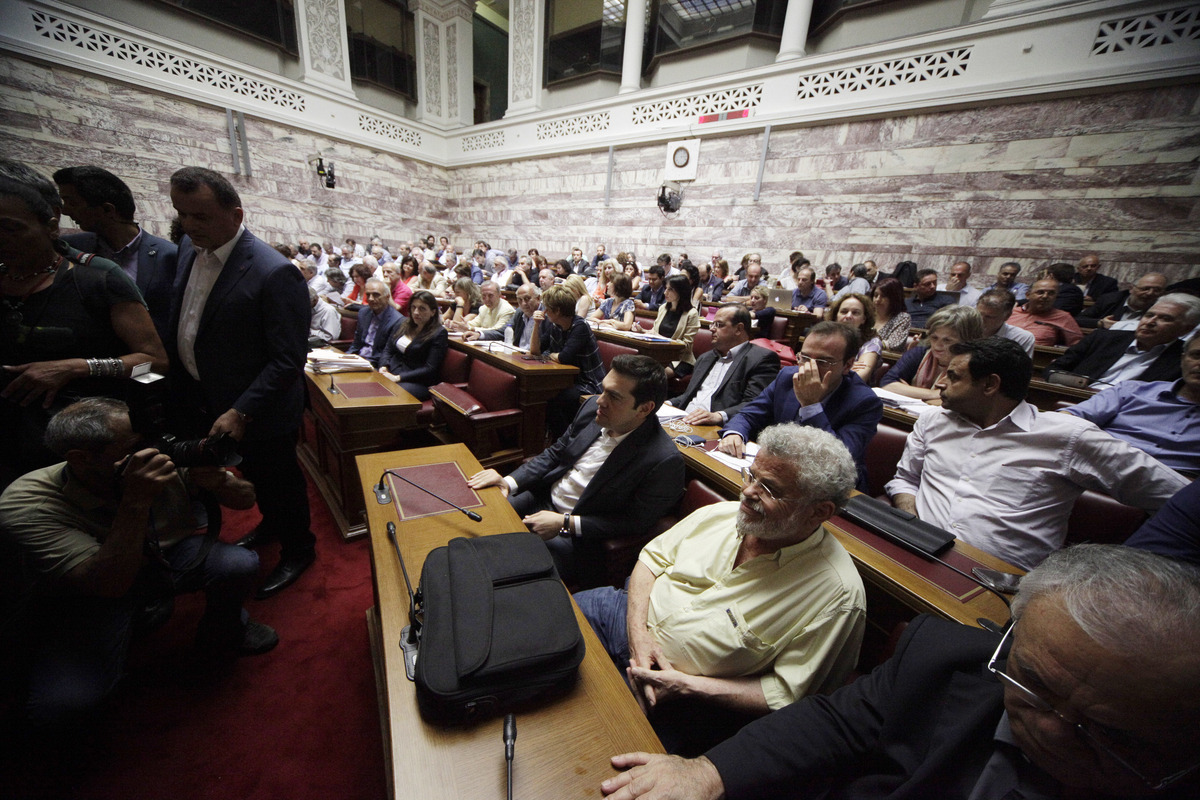 """Αυτοί είναι οι """"αντάρτες"""" του ΣΥΡΙΖΑ που απειλούν τον Αλέξη Τσίπρα"""