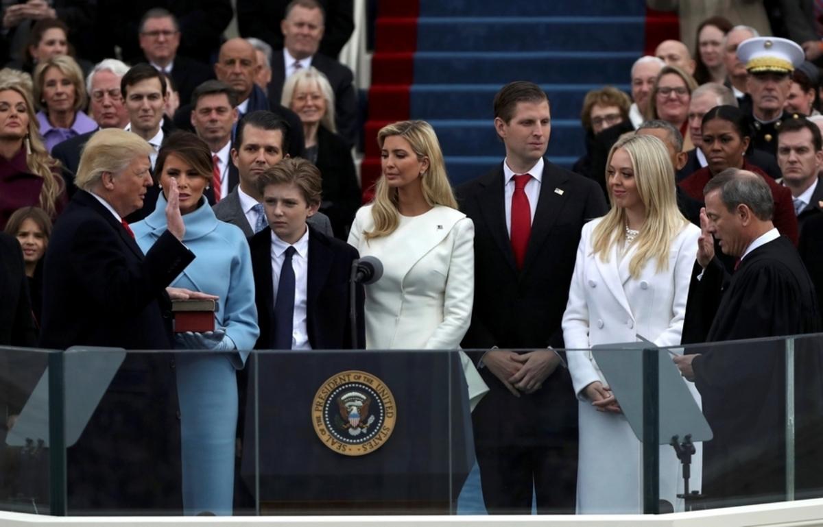 Τραμπ: Η στιγμή της ορκωμοσίας [pics]