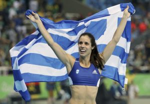Στεφανίδη: Η… χρυσή σημαιοφόρος στο αρχηγείο της Ελληνικής αποστολής [pic]