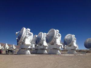 """Τηλεσκόπιο γίγας θα """"φωτογραφίσει"""" τη μαύρη τρύπα στο κέντρο του γαλαξία!"""