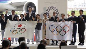 Ολυμπιακοί Αγώνες: Εφτασε στο Τόκιο η Ολυμπιακή σημαία