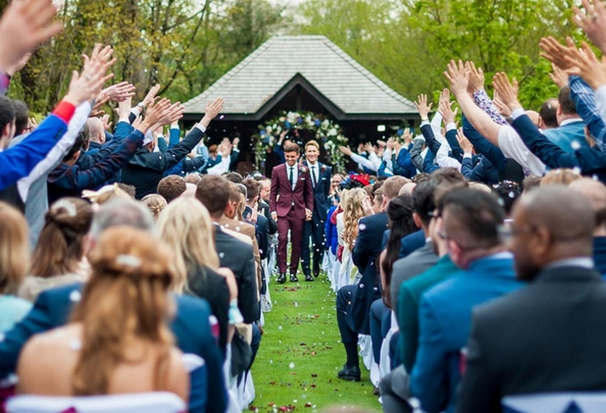 Ο Ολυμπιονίκης Tom Daley παντρεύτηκε τον οσκαρικό σεναριογράφο Dustin Lance Black [pics]