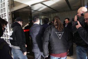Παραμένουν υπό κράτηση οι 8 Τούρκοι στρατιωτικοί