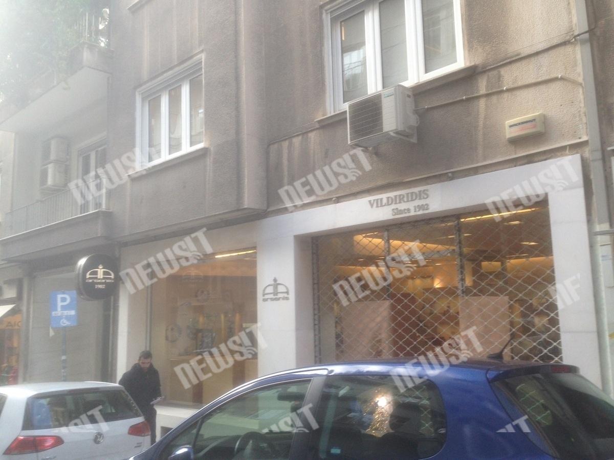 """""""Έσπασαν"""" γνωστό κοσμηματοπωλείο στη Βουκουρεστίου"""