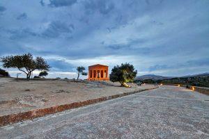 """Πρόσκληση σε Gucci: """"Έχουμε κι εμείς αρχαιοελληνικούς ναούς""""! Η πόλη που… εκμεταλλεύεται το """"όχι"""" του ΚΑΣ"""
