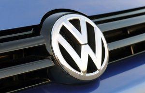 Δικηγόροι μετόχων της Volkswagen καταθέτουν αγωγή στη Γερμανία