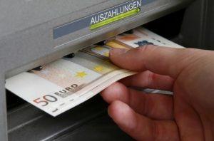 Ξάνθη: Ο γολγοθάς κατοίκων χωριού για αναλήψεις μετρητών από ΑΤΜ!