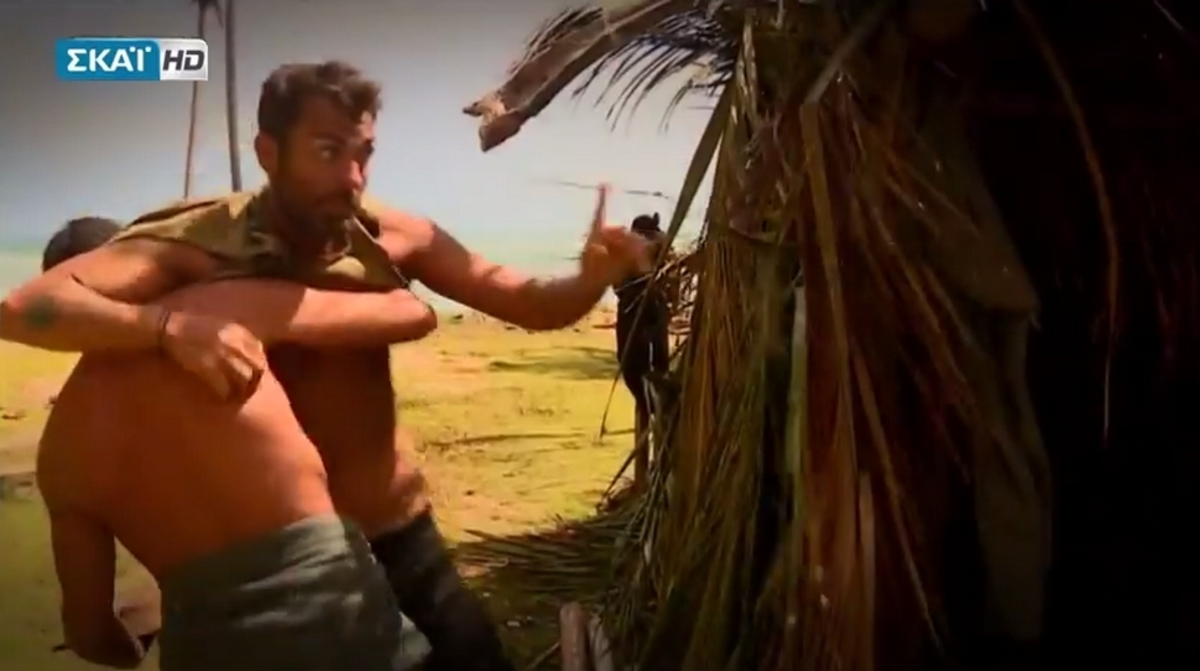 Survivor – Αγγελόπουλος: Άγριος καβγάς με Χανταμπάκη – Τους χώρισαν οι συμπαίκτες τους [vids]