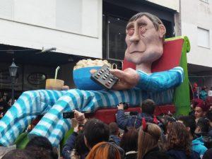 """Απόκριες 2017: """"Βούλιαξε"""" η Ξάνθη από καρναβαλιστές [pics, vid]"""