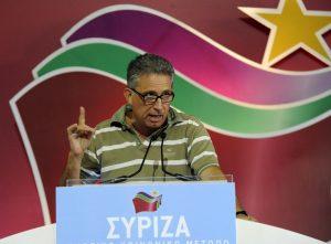 """Δήλωση σοκ από τον Χρυσόγονο για προσωρινό Grexit – Βλέπει διάσπαση του ΣΥΡΙΖΑ και """"πυροβολεί"""" τον Βαρουφάκη"""