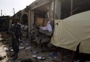 «Λουτρό αίματος» στο Αφγανιστάν – Στους 20 οι νεκροί από την διπλή βομβιστική επίθεση